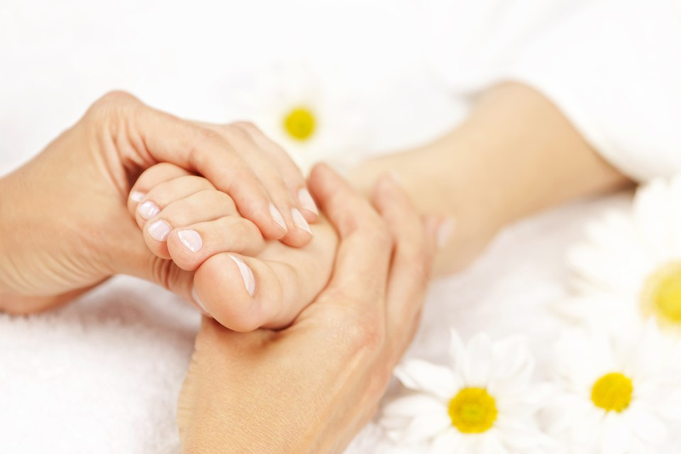 What are the treatments for plantar fasciitis?